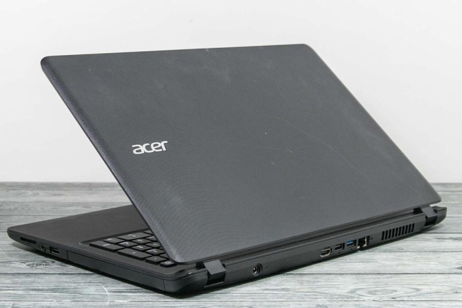 Acer ES1-523-45LC
