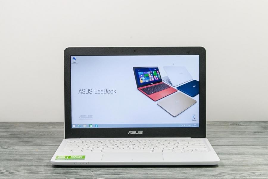 Asus X205T