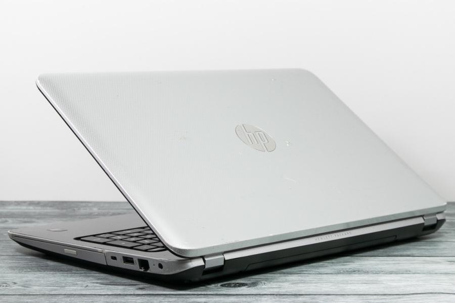 HP 15-E000SR