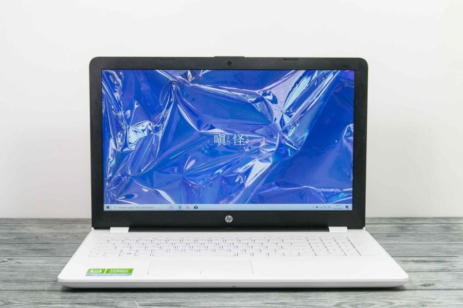 HP 15-BW593UR