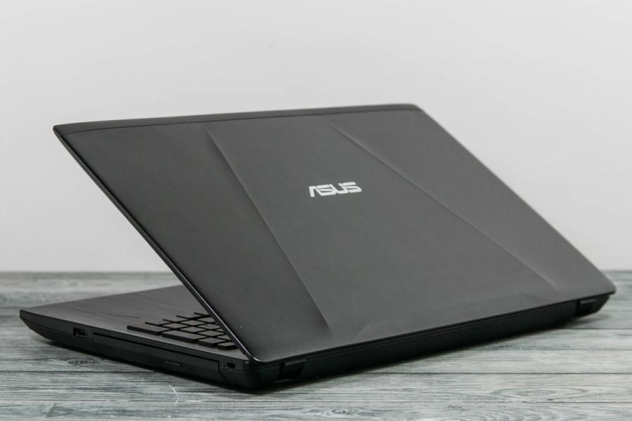 Asus FX553VE