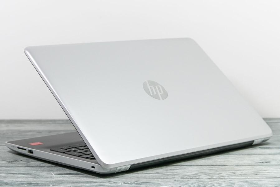 HP 15-BW061UR