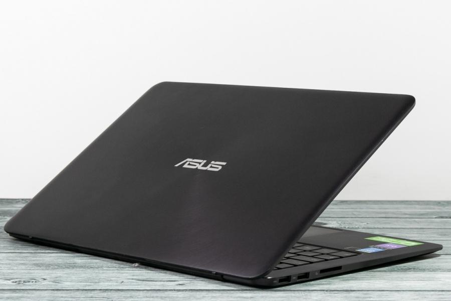 Asus UX305F