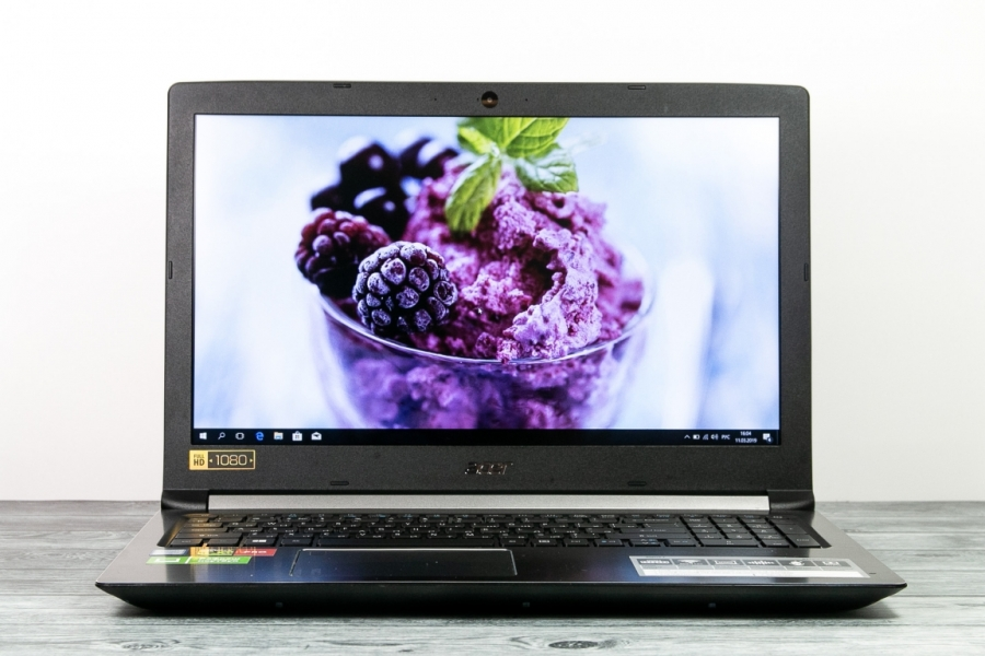 Acer A715-71G-52MF