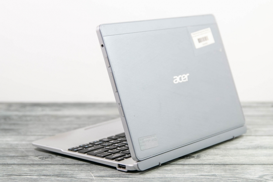 Acer ASPIRE SWITCH 10 64GB DOCK SW5-012-11EH