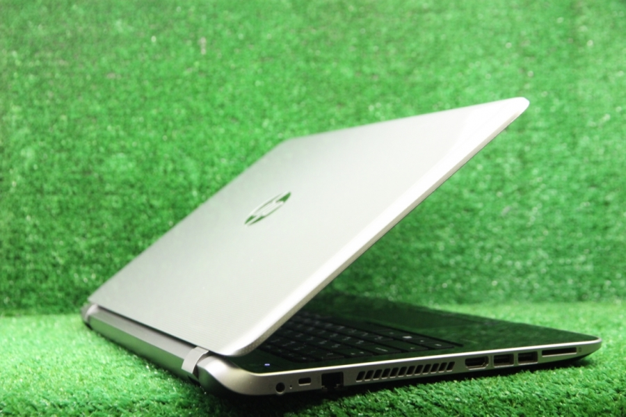 HP 15-n005sr