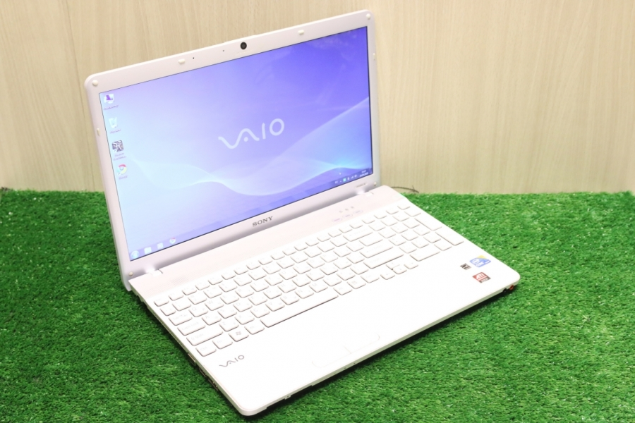 Sony Vaio VPCEB4L1R