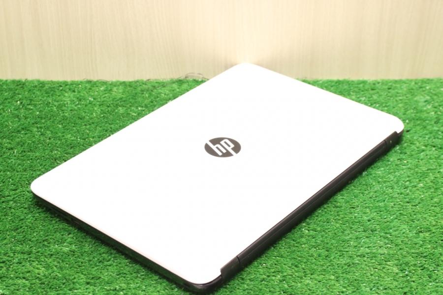 HP 15-ac684ur