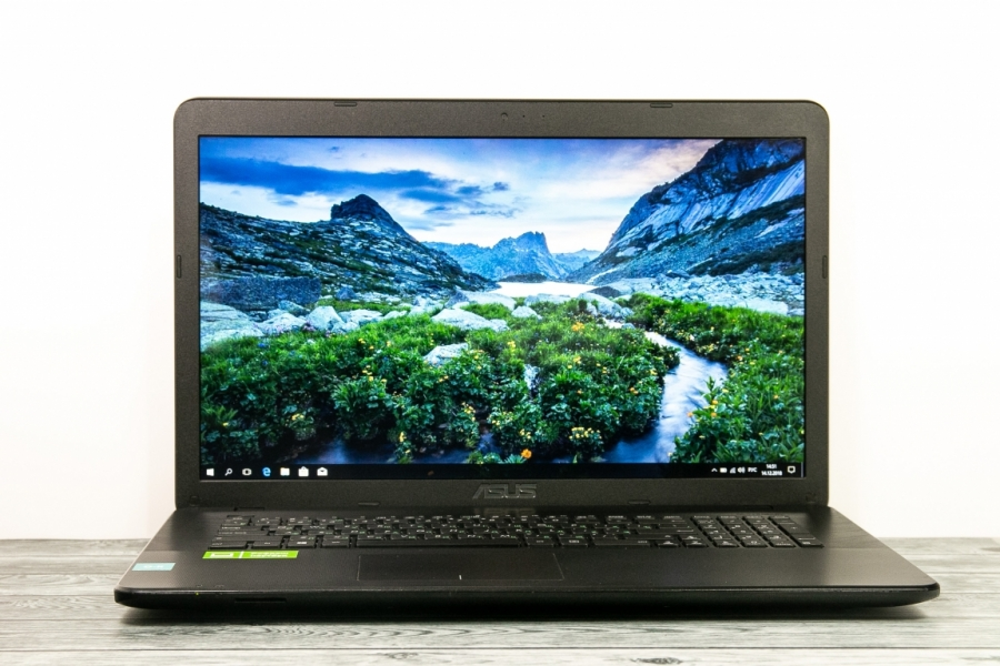 Asus X751NA-TY027T