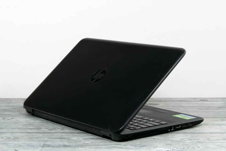 HP 15-af152ur