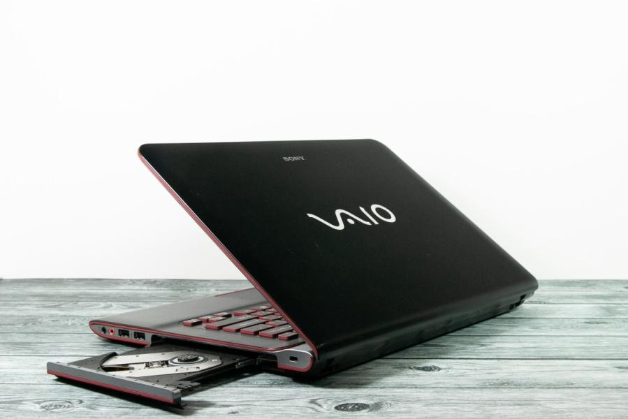 Sony VAIO SVE14AE12V