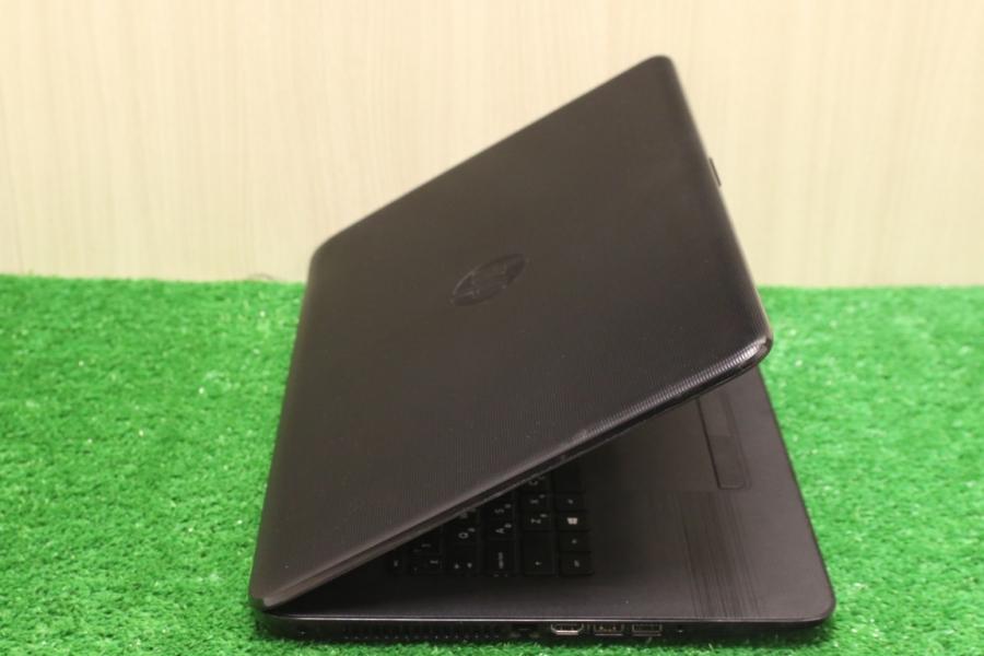 HP 17-y014ur