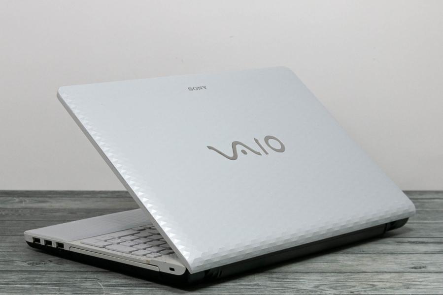 Sony VAIO VPCEH3J1R