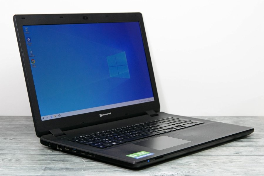Packard Bell ENLG71BM-P2YX