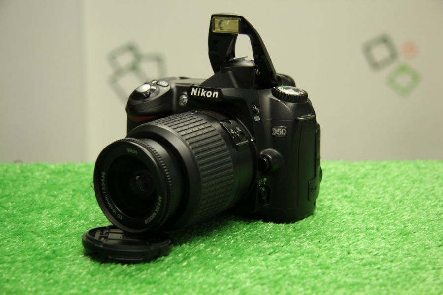 Nikon D50 Kit 55-200mm