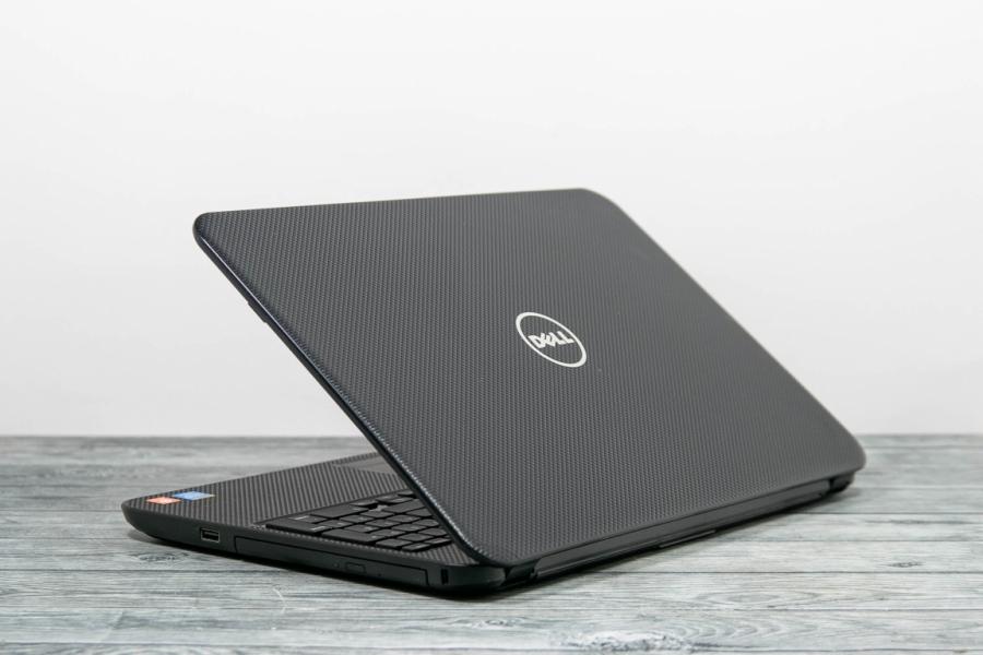 Dell INSPIRION 3537