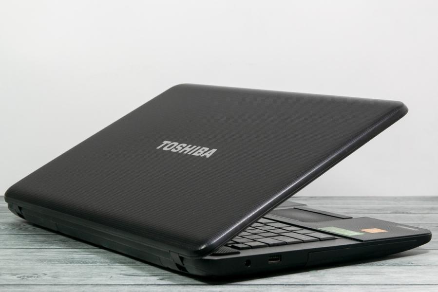 Toshiba SATELLITE C870