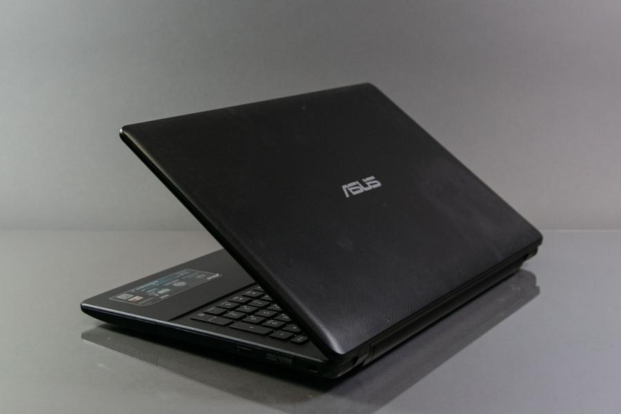 Asus X552EA