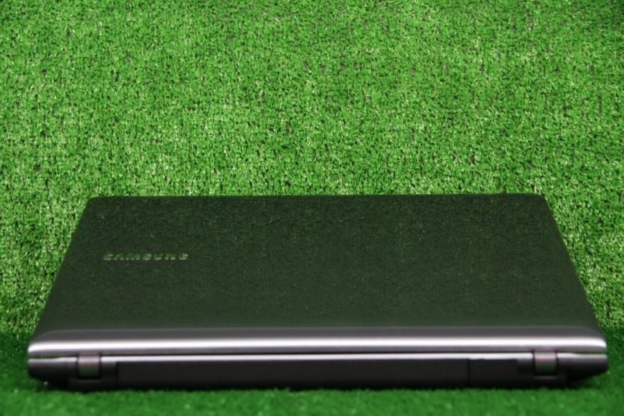 Samsung NP355V4C