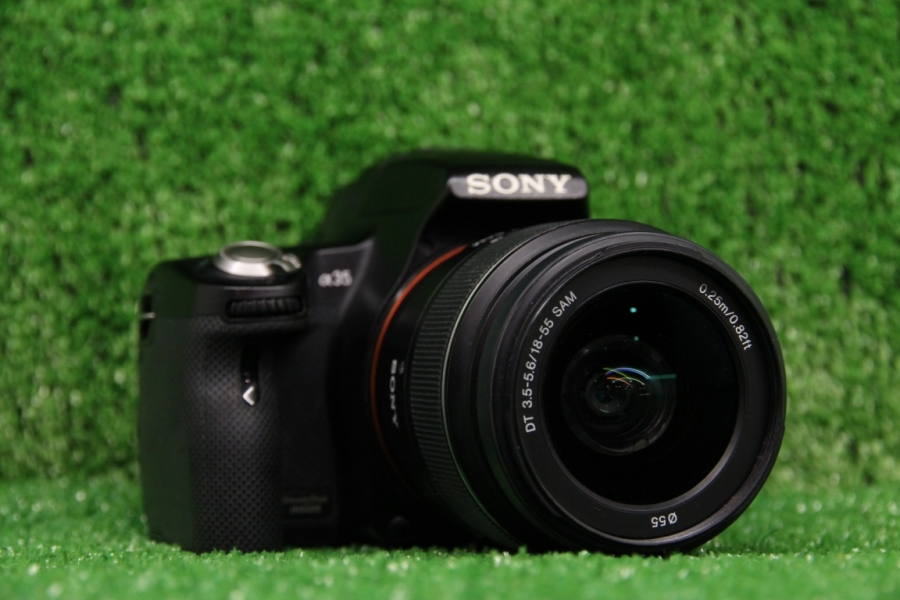 Sony Alpha SLT-A35 Kit