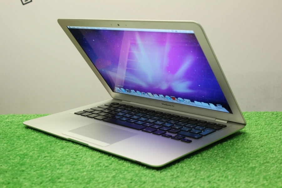 Apple Macbook Air A1304