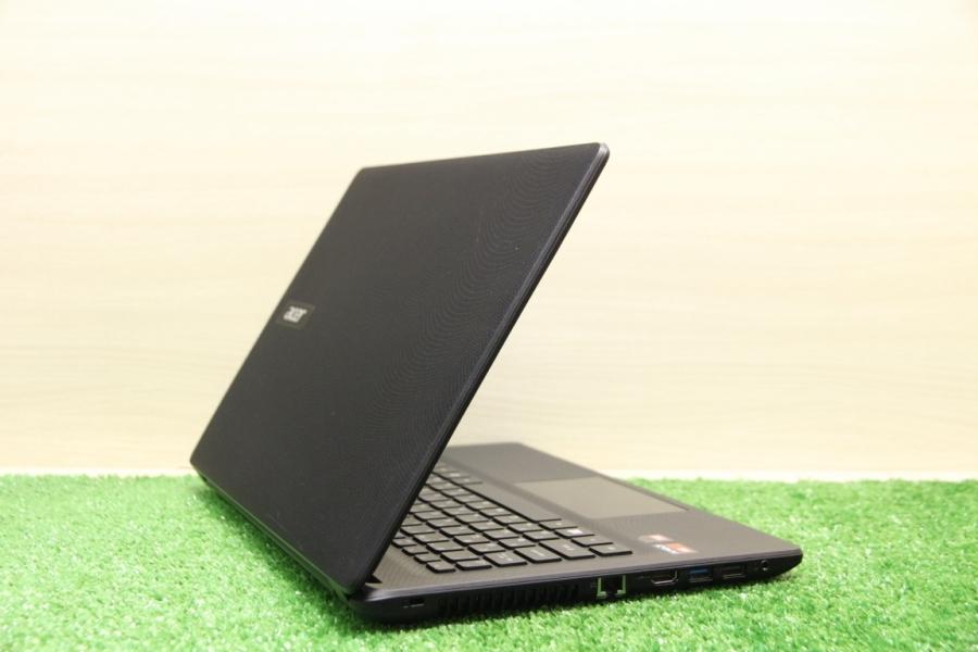 Acer ES1-422-692R