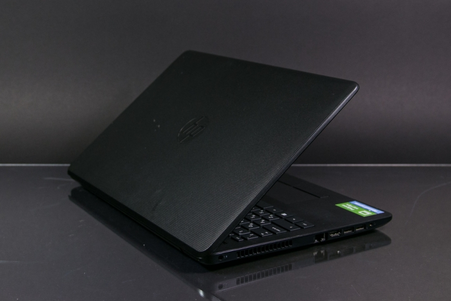 HP 15-RB082UR