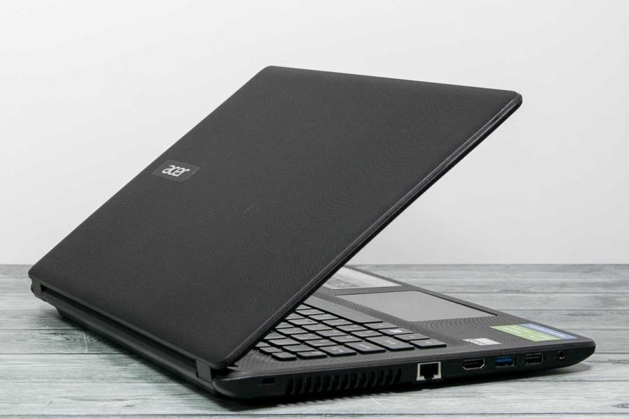 Acer ASPIRE ES1-422-256J