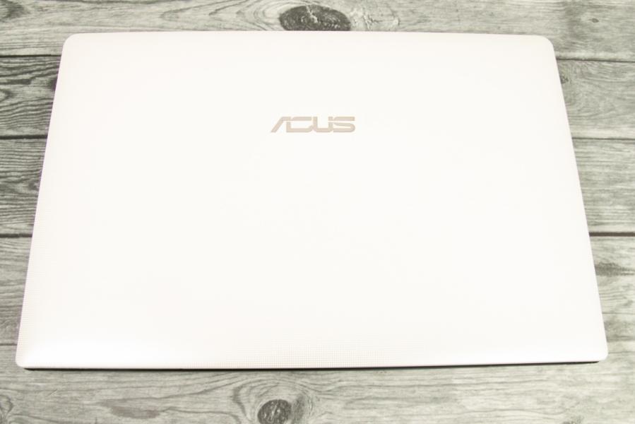 Asus X501U-XX062D