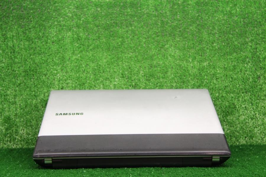 Samsung RV511