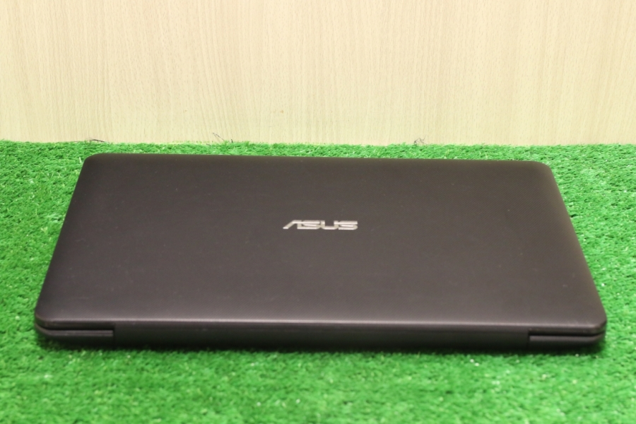 Asus X554LJ-XO518H