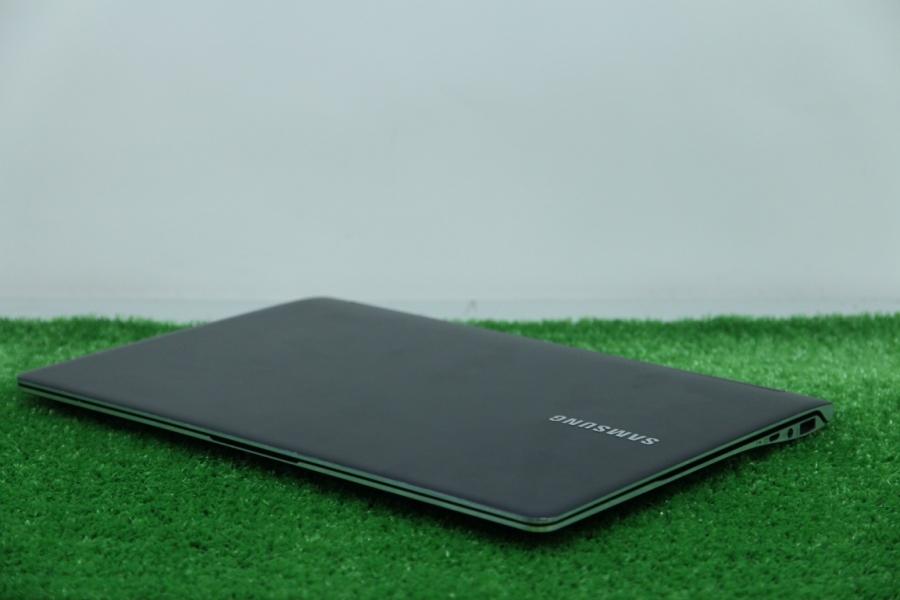 Samsung NP900X3C-A02RU