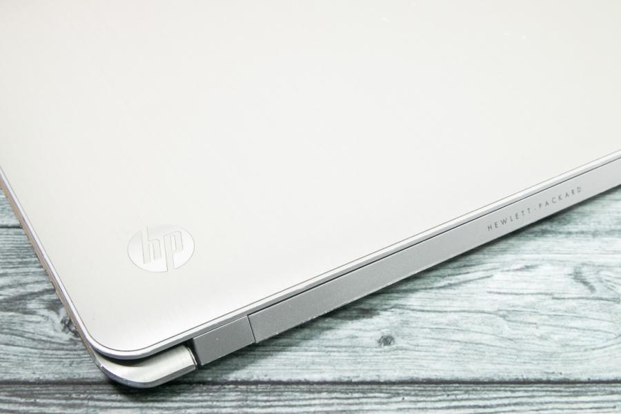 HP Spectre XT TouchSmart 15-4000eg