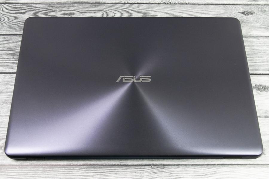 Asus VIVOBOOK X542UF-DM339