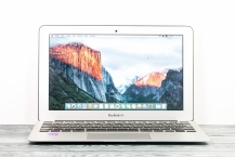 Apple MacBook Air 11-inch Mid 2012