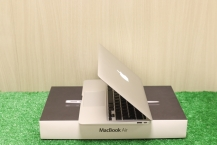 Apple MacBook Air 11 2010