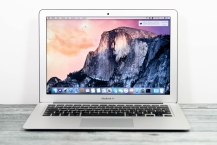 Apple MacBook Air 13-Inch, 2017