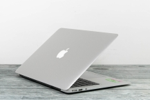 Apple MacBook Air Mid 2012 A1466