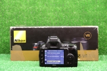 Nikon D3000 Kit