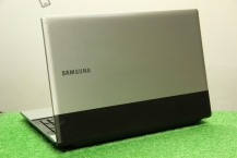 Samsung RV513