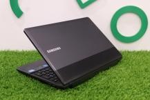 Samsung NP300E5C