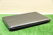 Samsung NP-R525L